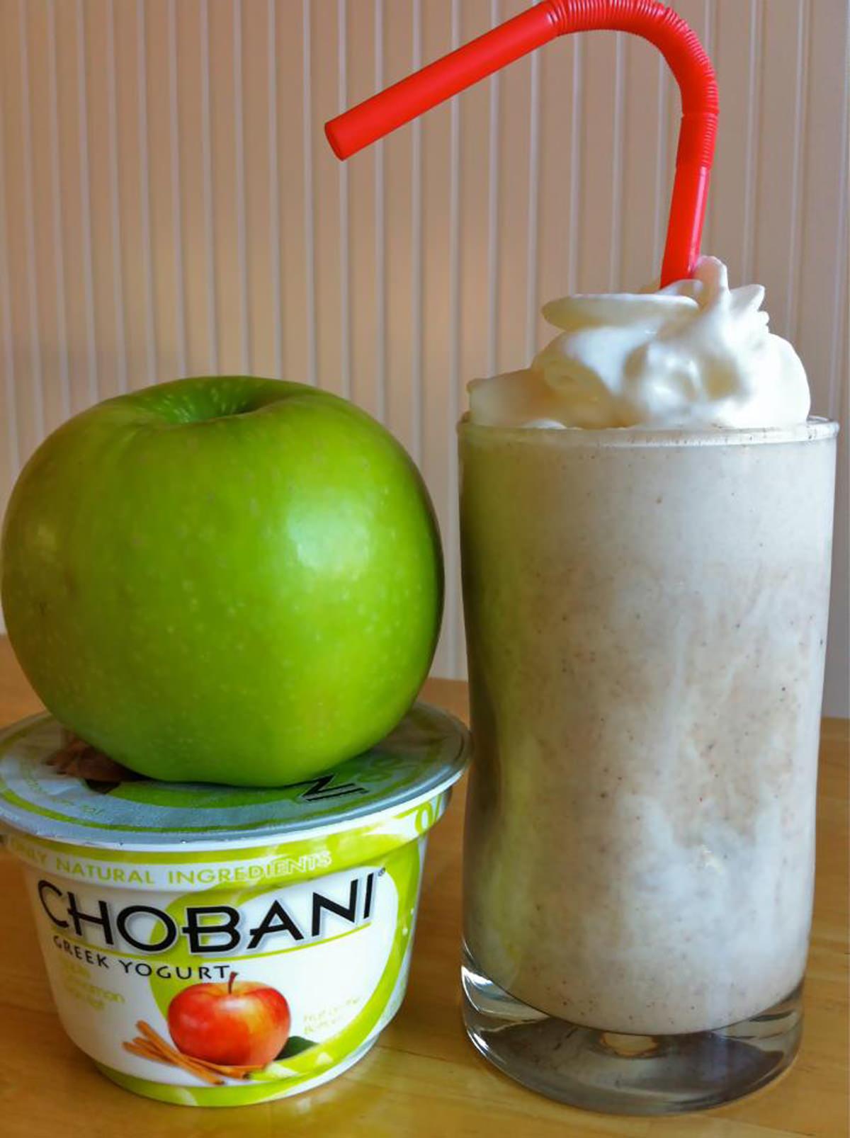 Apple-Cinnamon-Protein-Smoothie
