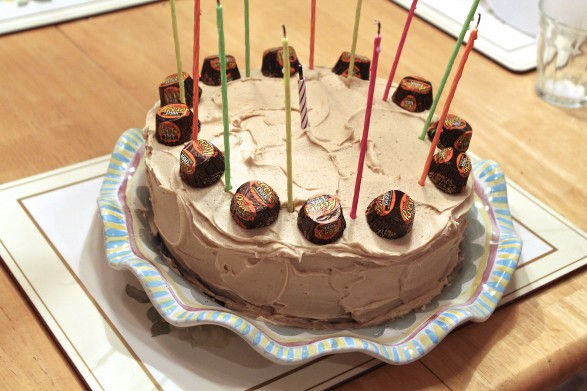 I Often Decorate With Miniature Peanut Butter Cups To Allude The Cake Flavors For Caramel Frosting Version Below Use Hershey Kisses