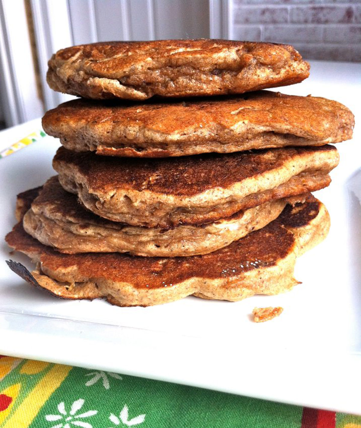 Healthy-Banana-Pecan-Pancakes