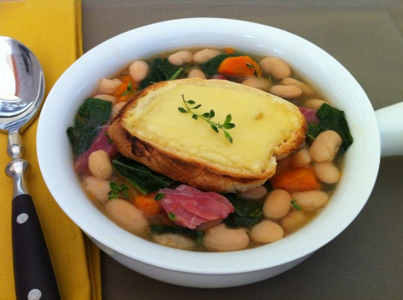 White Bean Soup with Kale and Cheese Toast (Slow Cooker) — The ...