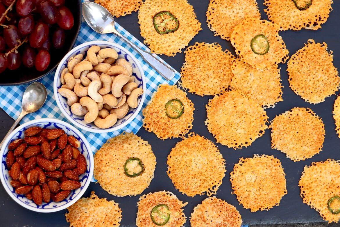 Low-carb cheese crisps require only one ingredient (jalapeño slices are optional) and cook in 2 short minutes-and believe it or not, the microwave produces better results than the oven. Perfect with a glass of wine or as a flavorful alternative to a crouton.