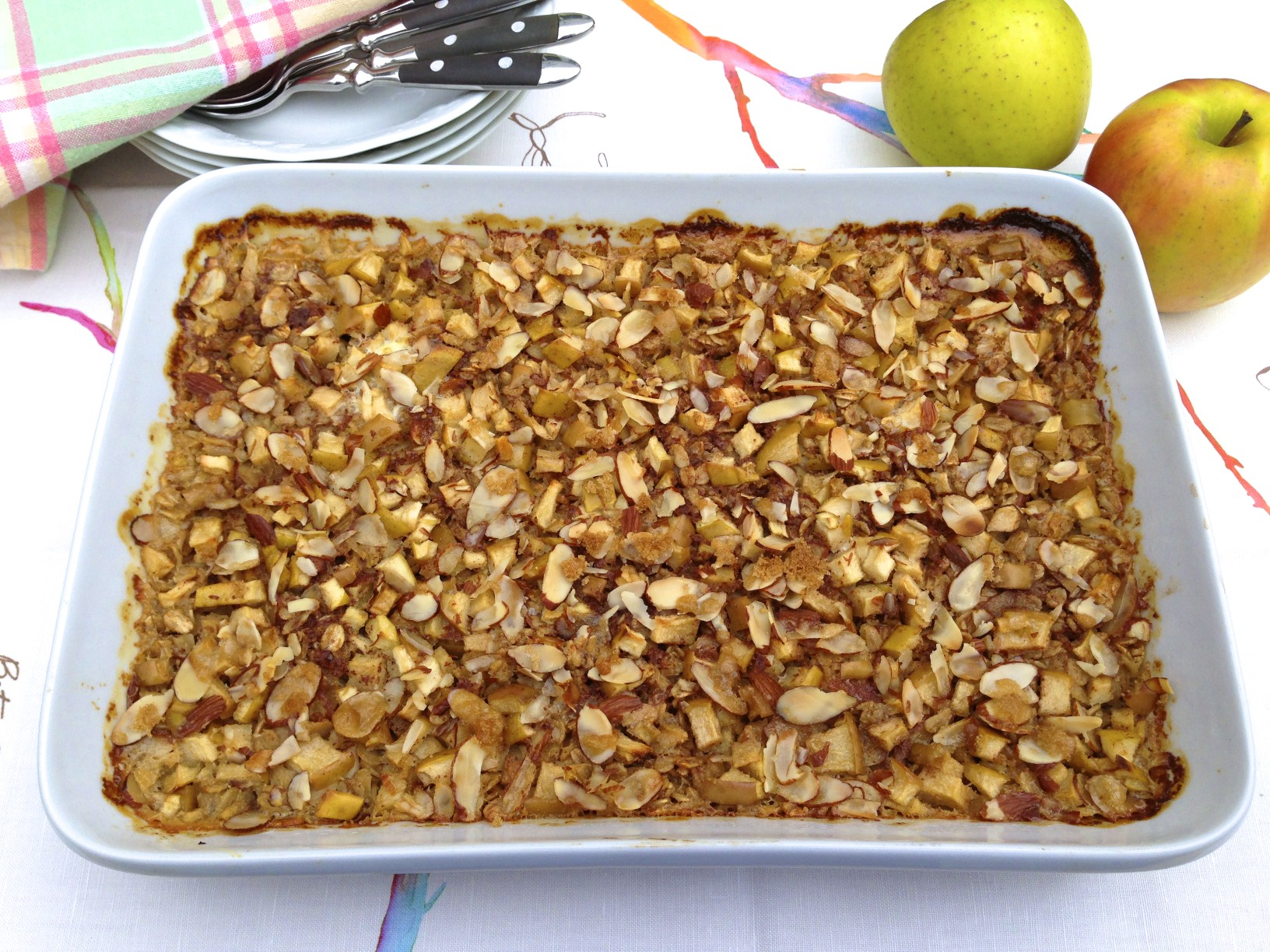 Apple Crisp Baked Oatmeal