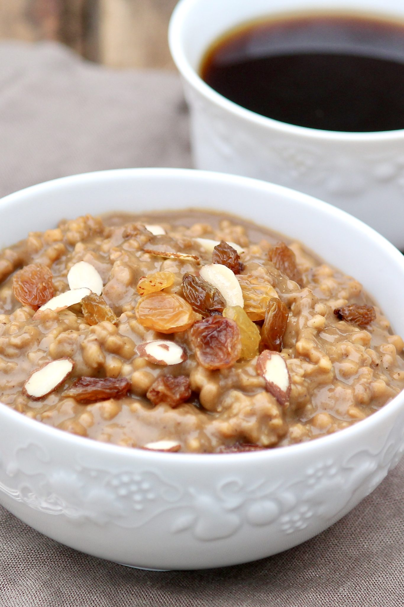 Easy prep-ahead method and slow cooker tip results in ready-to-eat oats with toothsome texture and easy cleanup. The classic spice combination is holiday worthy!