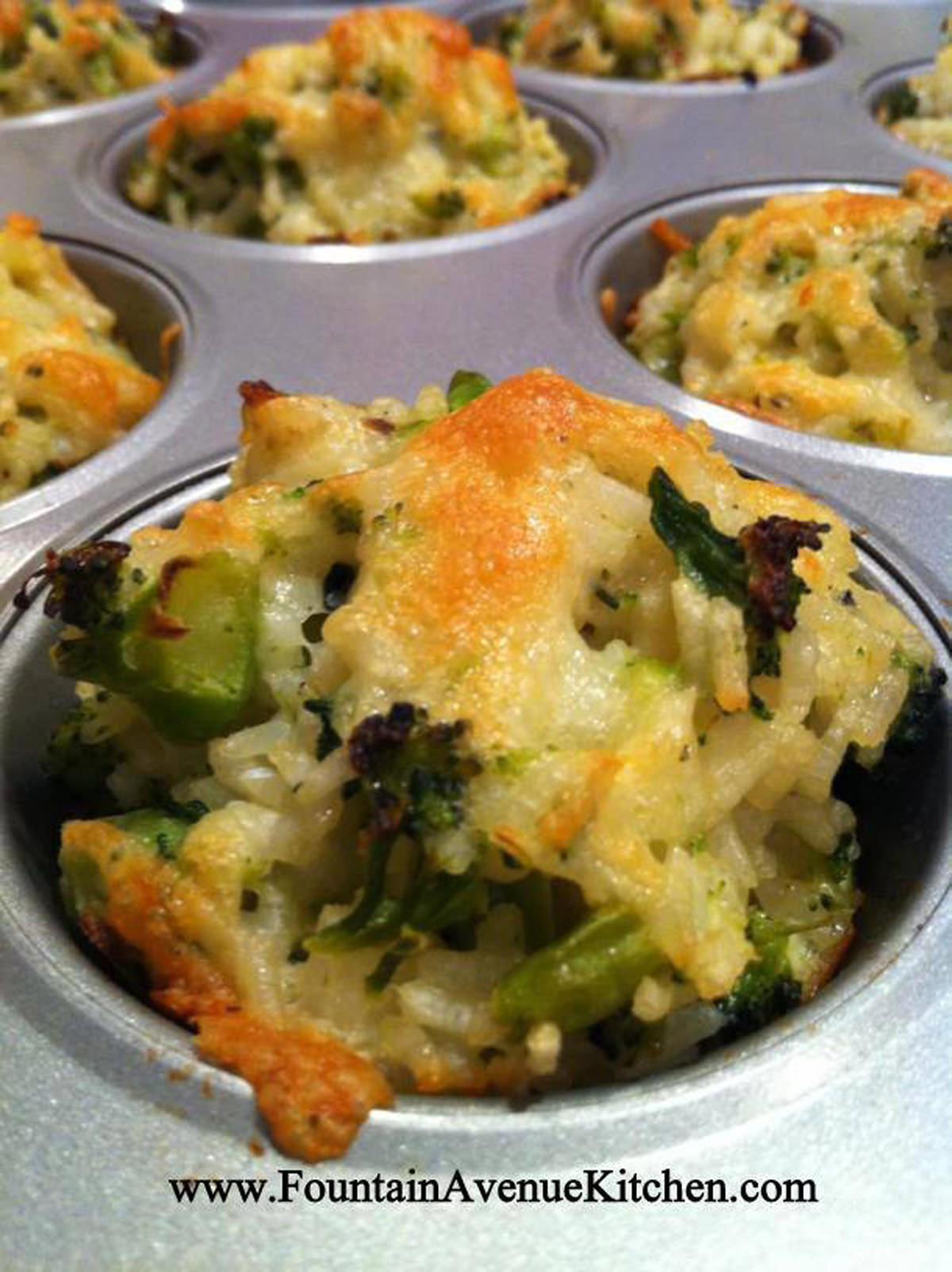 Food - Recipes - Slow Cookers - Baking - Favourite Dishes - Page 5 Cheddar-Broccoli-Cups