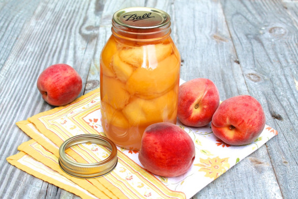 Small Batch Canned Peaches