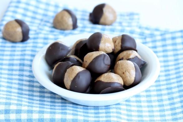 Healthy Peanut Butter Buckeyes