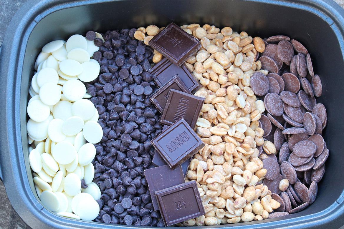 2016.02.06-Chocolate-Peanut-Clusters-with-Sea-Salt-01