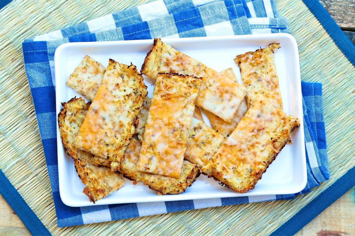 Cheesy Cauliflower Flatbread