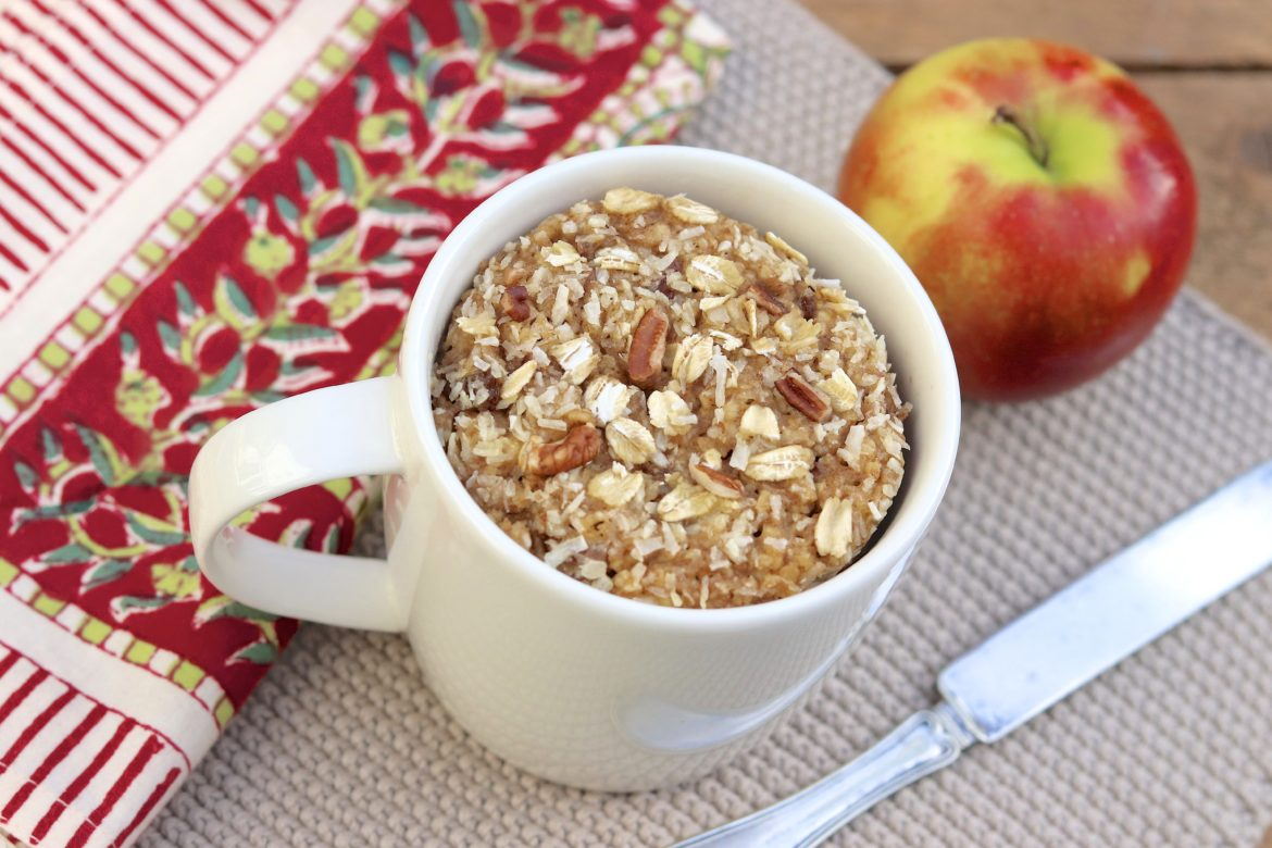 Oatmeal Packet Mug Muffin - You choose the flavor in these healthy, protein-rich, single-serve muffins that can be made with just four easy ingredients!