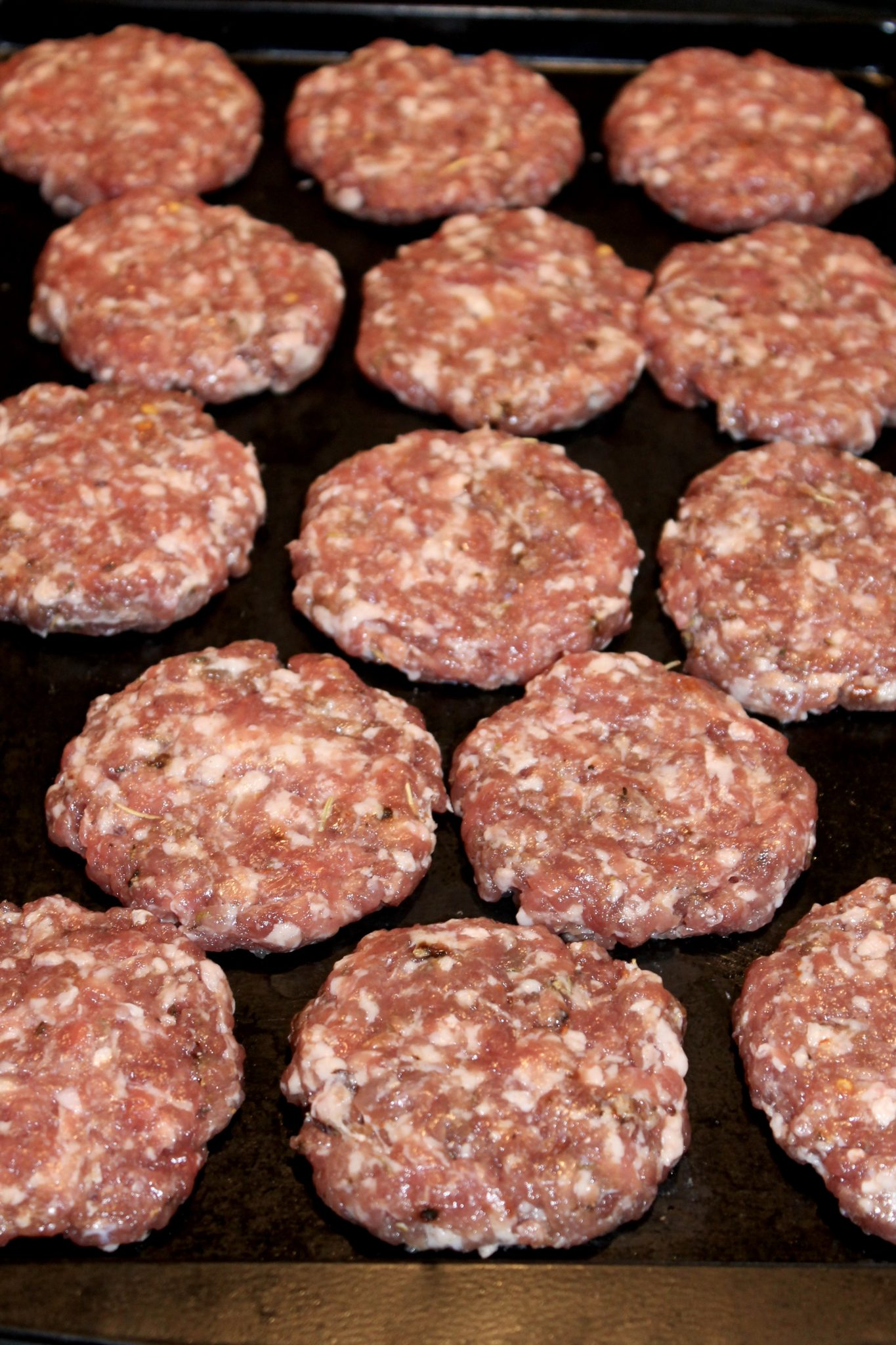 Homemade Breakfast Sausage Patties -Love sausage but trying to eat healthier? Ground pork and a short list of spices create a healthy alternative to sausage that can be used in so many ways.