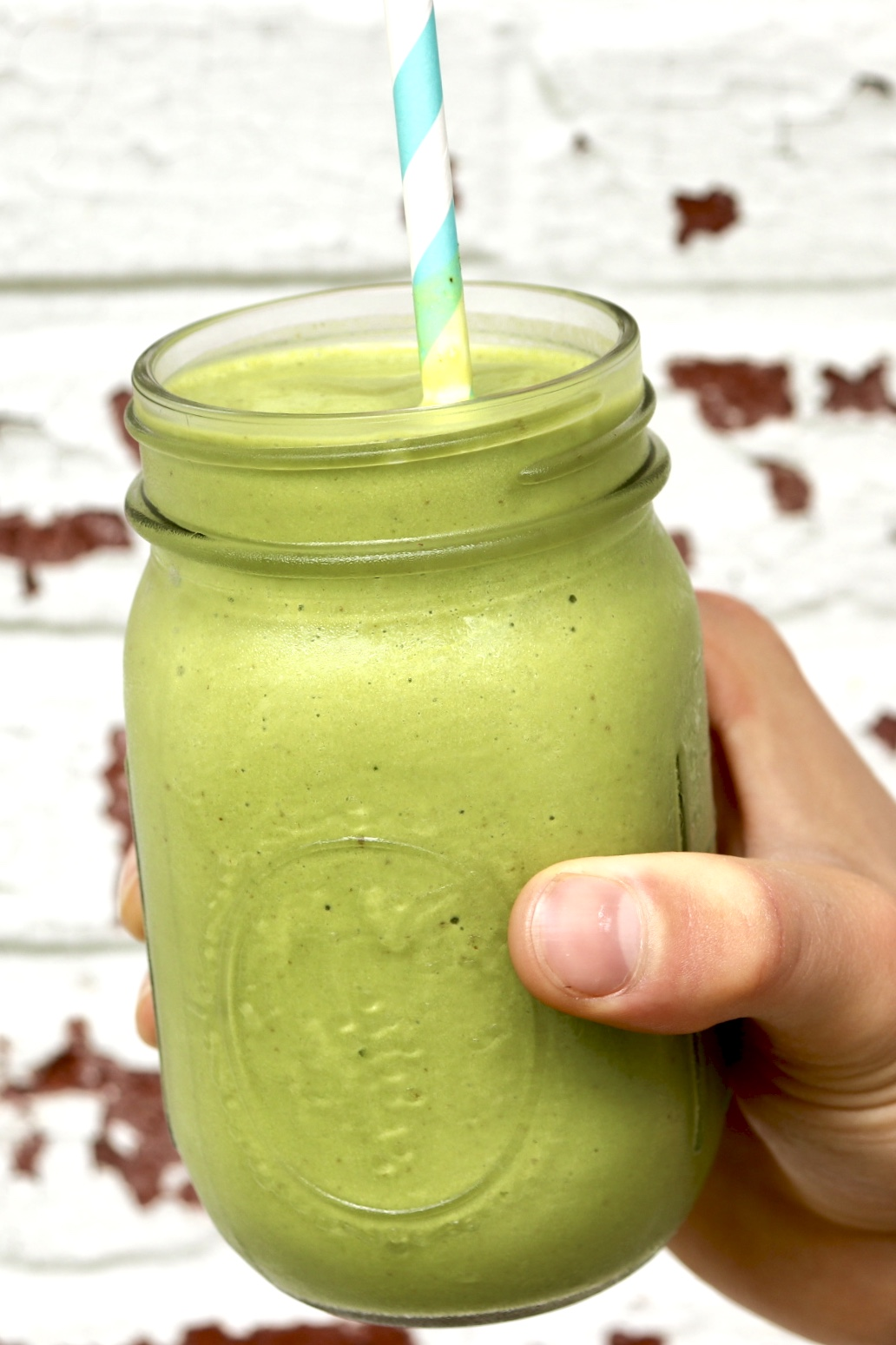 MEAL REPLACEMENT MATCHA SMOOTHIE is loaded with superfoods, quality protein and a modest amount of fruit-and it's absolutely delicious. You need not be a matcha fan to love this smoothie!