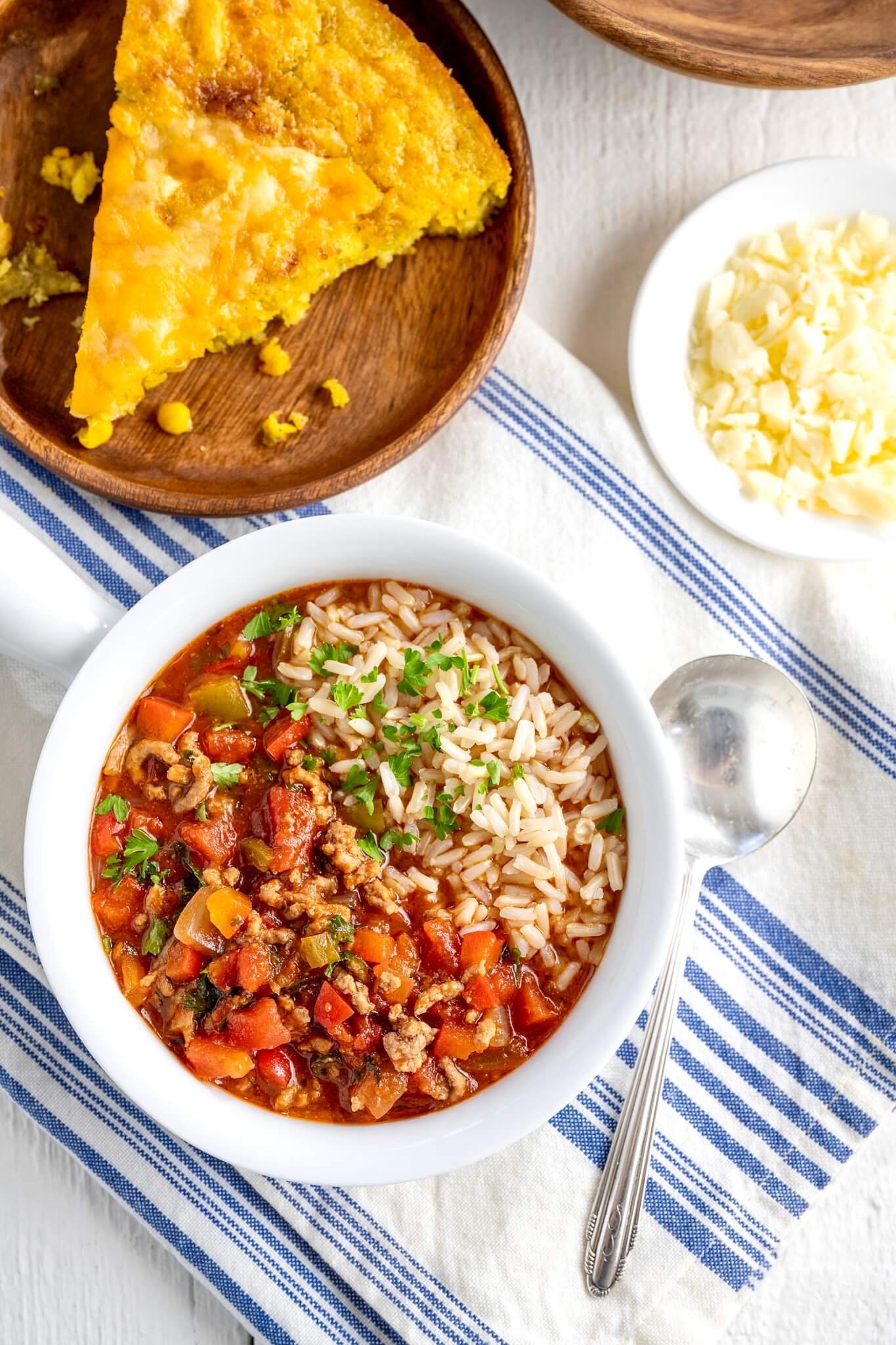 This all-in-one meal delivers the hearty, wholesome deliciousness of traditional stuffed peppers in a soul-warming soup!