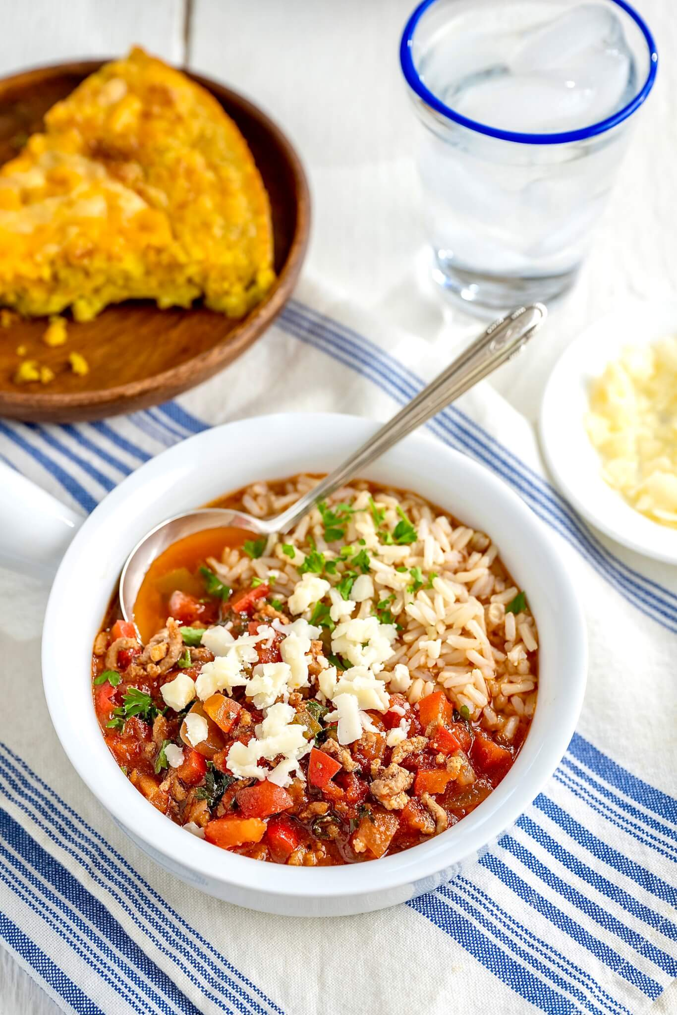 This one-pot meal offers all the hearty, wholesome deliciousness of traditional stuffed peppers in a soul-warming soup!