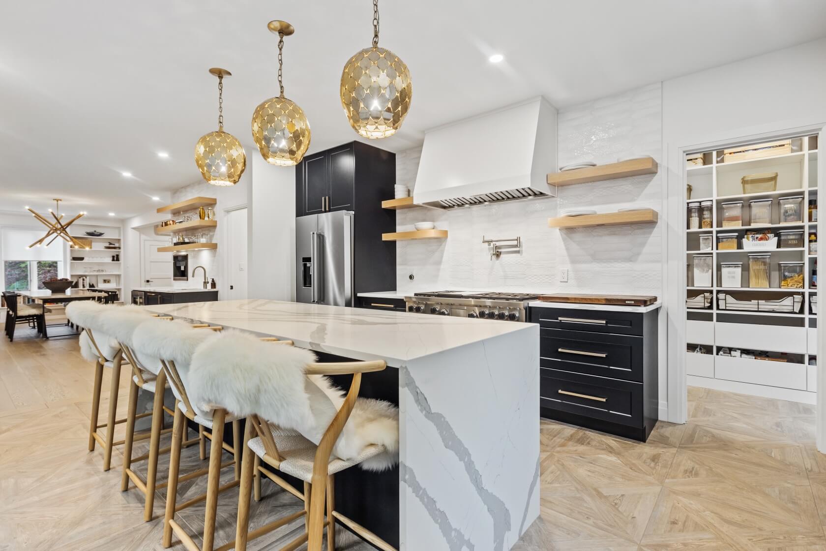Large Kitchen Island Design